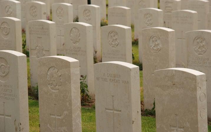アメリカの墓石